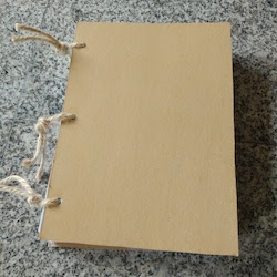 Kochbuch aus Altpapier